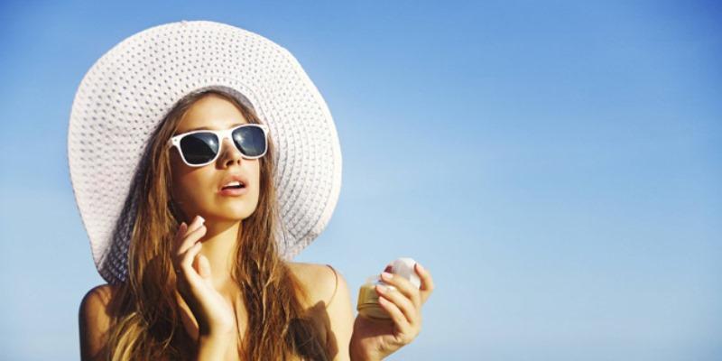 Tips Aman Dibawah Matahari